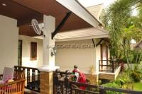 Dhewee Resort 696818