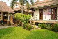 Dhewee Resort 696824