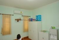 Dhewee Resort 696826