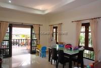 Dhewee Resort 696841