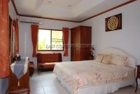 Eakmongkol Village 536425