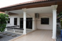 Eakmongkol Village houses For Sale in  Jomtien