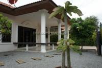 Eakmongkol Village 863632