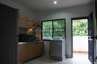 Eakmongkol Village 863642