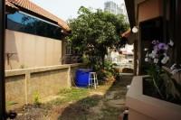Eakmongkol Village 5 78767
