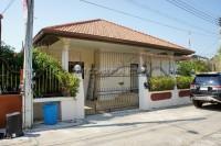 Eakmongkol Village 8 810521