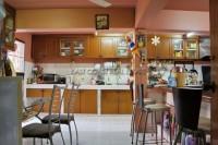 Eiengfar Villa 784218