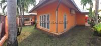 European Thai House Village 93951