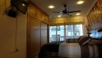 Executive Residence 1 102197