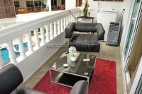 Executive Residence 1 846444