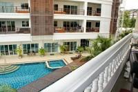Executive Residence 1 846448