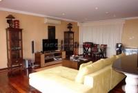 Executive Residence II 563022