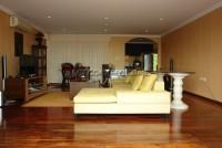 Executive Residence II 563038