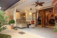 Foxlea Villa 548515