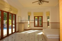 Foxlea Villa 695210