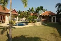 Foxlea Villa 695213