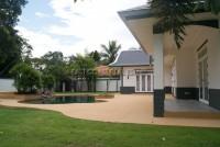Foxlea Villa 888916