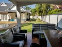 Foxlea Villa 888930