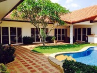 Freeway Villa houses For sale and for rent in  East Pattaya