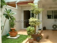 Garden Villa houses For Sale in  Pratumnak Hill