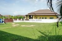Grand Garden Home 77542