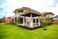 Grand Regent Phase 2 houses For Rent in  East Pattaya