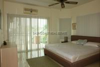 Greenfield Villa 668110