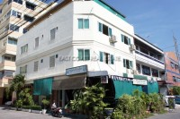 Highlander Bar & Guesthouse commercial For Sale in  Jomtien