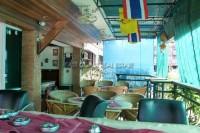 Highlander Bar Guesthouse 547942