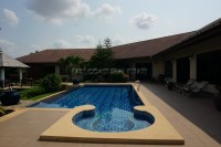 Huay Yai Manor House Houses For Sale in  East Pattaya