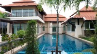 Huay Yai Thai Bali houses For Sale in  East Pattaya