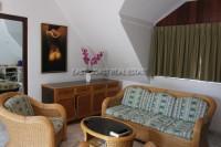 Jomtien Palace 751218