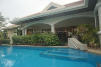 Jomtien Park Villa houses For Rent in  Jomtien