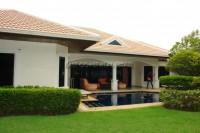 Jomtien Park Villa  583710