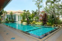 Jomtien Park Villas houses For sale and for rent in  Jomtien