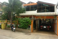Kamolsuk Villa  houses For Rent in  Pattaya City