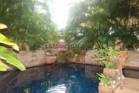 Kamolsuk Villa  557917