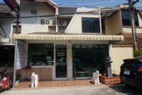 Khun Sri Massage  81251