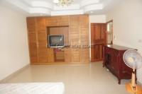 Khun Sri Massage  812525