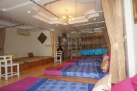Khun Sri Massage  81259