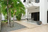 La Bella Casa 686679