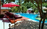 Lake Mabprachan Resort 775510