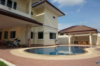 Lakeside Court 2 houses For Rent in  East Pattaya