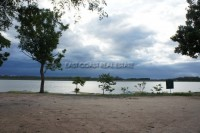 Lakefront land in Mabprachan 72905