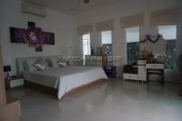 Lalique Villa 93063