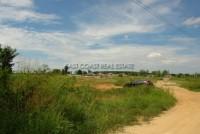 Land at Nongket Yai 66384