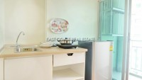 Lumpini Park Beach 10637