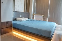 Lumpini Park Beach 929820