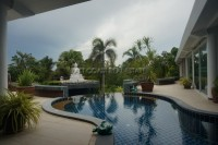 Luxurious Mansion with private pool 221453