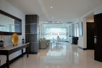 Luxury Apartment 845913